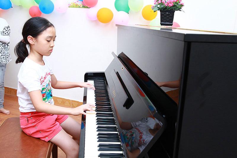 độ tuổi thích hợp học piano