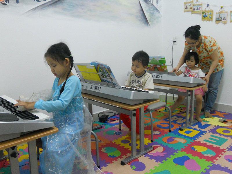 Lớp học Hello Music tại Trường Âm Nhạc Việt Thanh