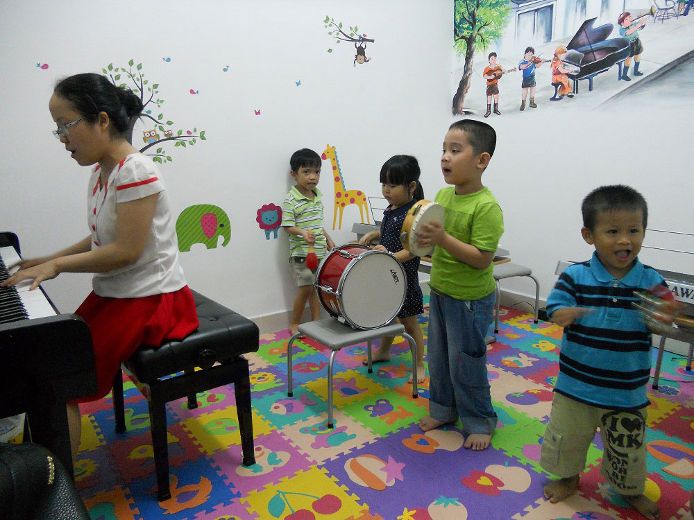 học thử piano cho trẻ