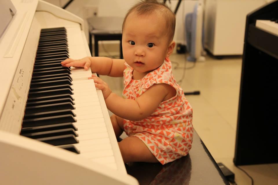 Kết quả hình ảnh cho trẻ thích học organ