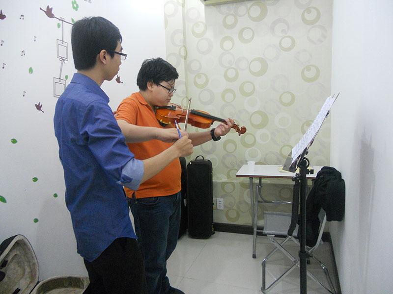 Dạy đàn violin