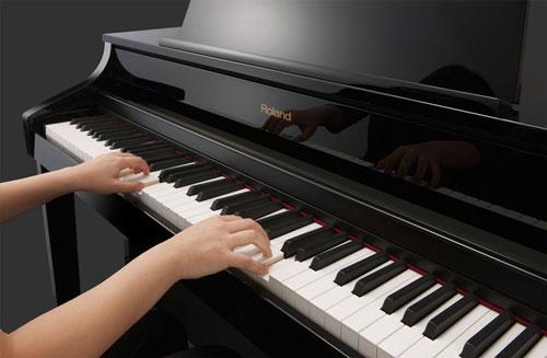 Kết quả hình ảnh cho người chơi piano
